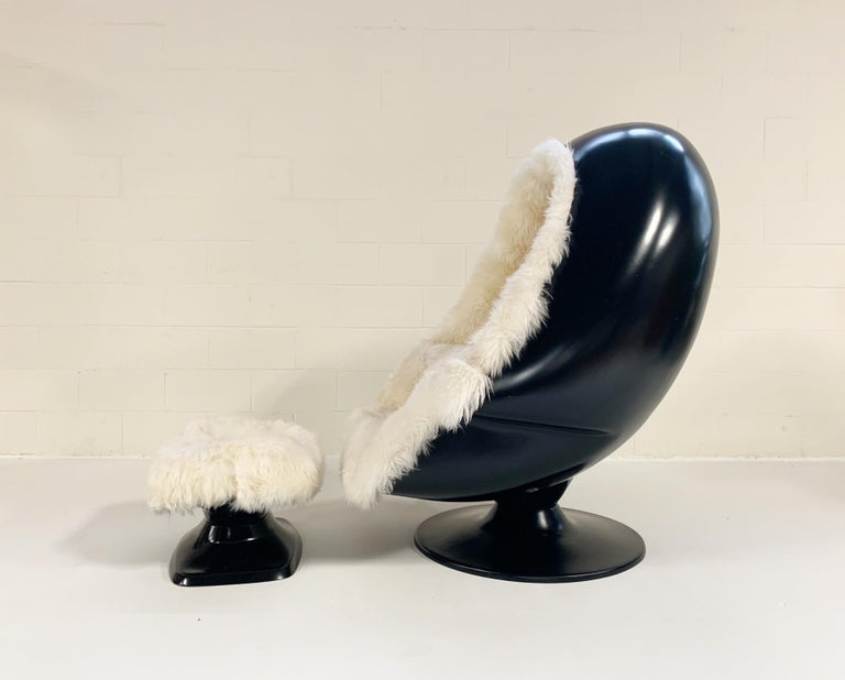 Late 20th Century 1970s Lee West Alpha Egg Chair and Ottoman Restored in New Zealand Sheepskin For Sale
