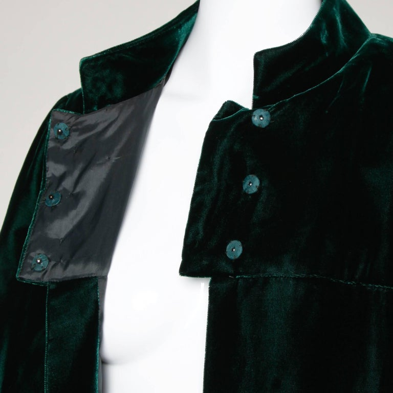 Women's 1970s Lilli Diamond Vintage Green Velvet Jacket with Feather Cuffs For Sale