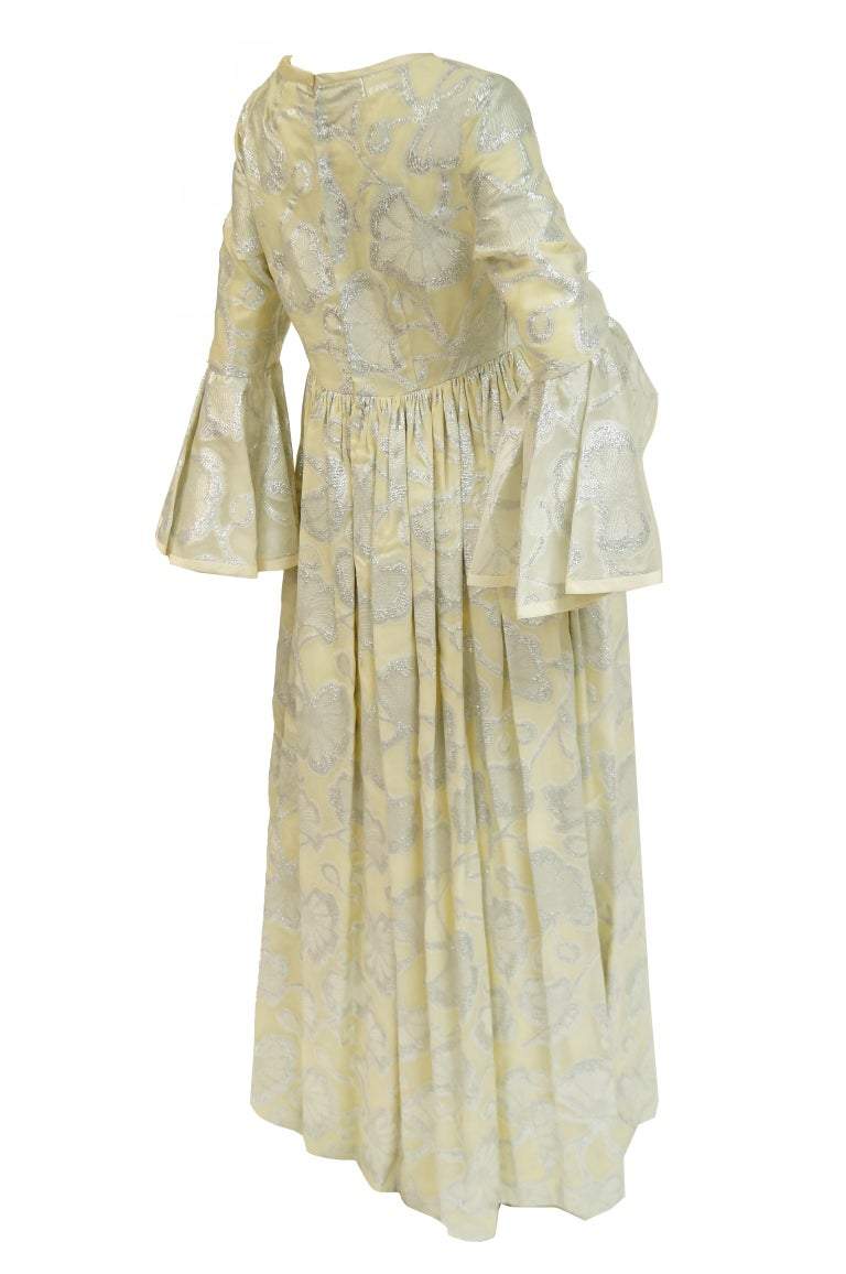 1970s Lisa Meril Cream and Silver Floral Brocade Empire Waist Evening Dress For Sale 2