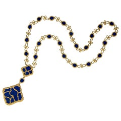 1970s Long French Lapis Lazuli and Gold Pendant Necklace