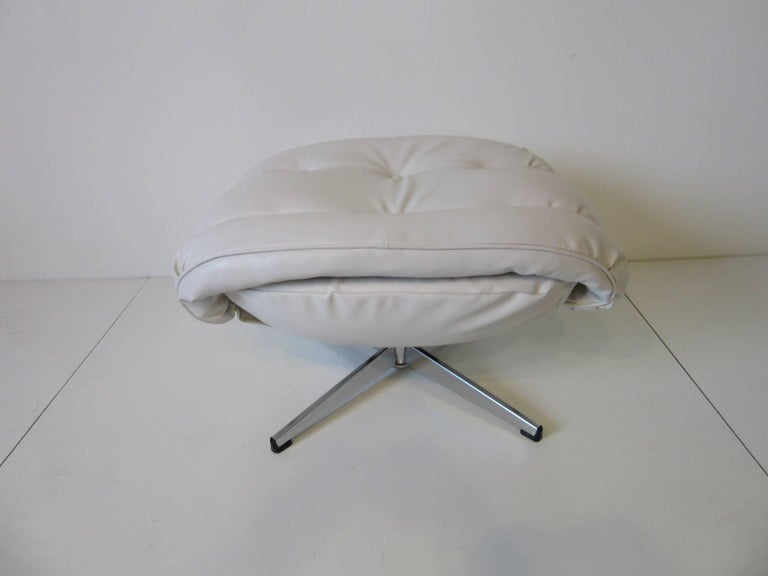 20th Century 1970s Lounge Chairs with Ottoman For Sale