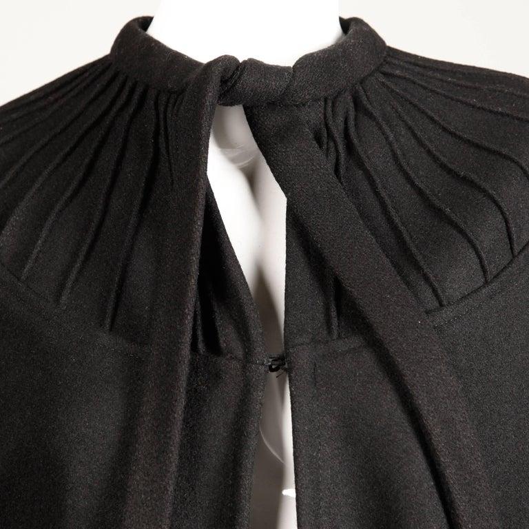 1970s Luba Rudenko Vintage Heavy Black Wool Cape Coat For Sale 2
