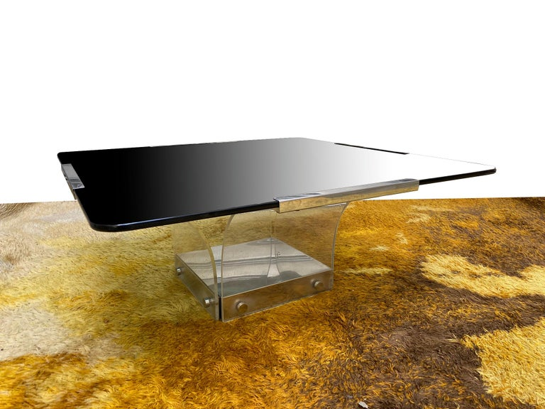 Late 20th Century 1970s Lucite and Glass Square Coffee Table For Sale