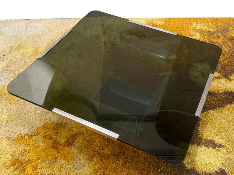 1970s Lucite and Glass Square Coffee Table For Sale 1