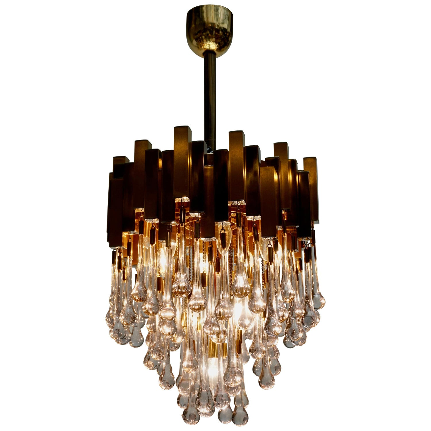 BD Lumica Brass Teardrop Chandelier </div>