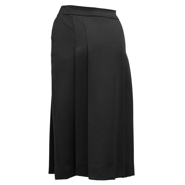 1970's Marelli Black Wool Gabardine Pleated Skirt In Good Condition For Sale In Toronto, Ontario