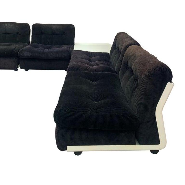 1970s Mario Bellini C & B Italia 'Amanta' Sofa & Coffee Table In Distressed Condition In London, GB