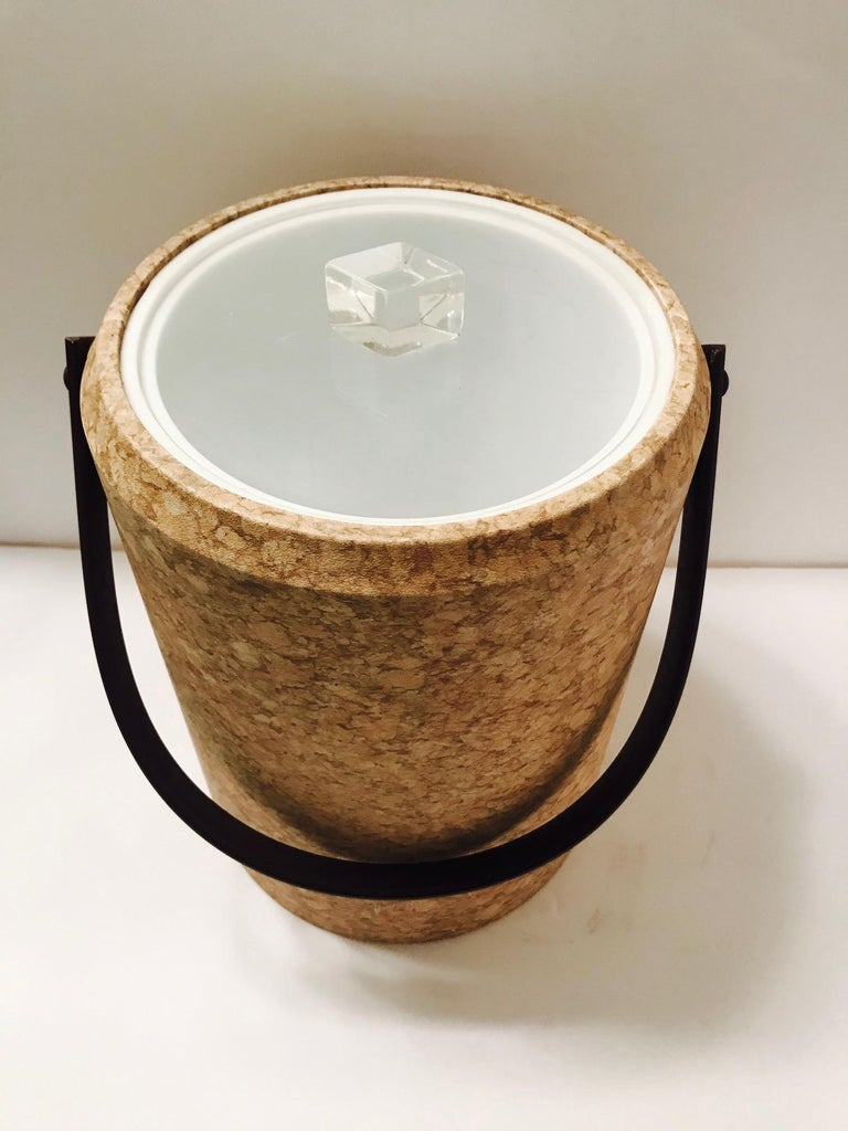 Late 20th Century 1970s Mid-Century Modern Cork and Lucite Tall Ice Bucket For Sale