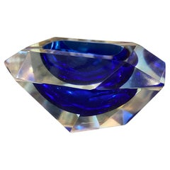 1970s Mid-Century Modern Faceted Sommerso Blue Murano Glass Ashtray by Seguso