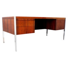 1970s Mid-Century Modern Rosewood Executive Desk by Richard Schultz for Knoll