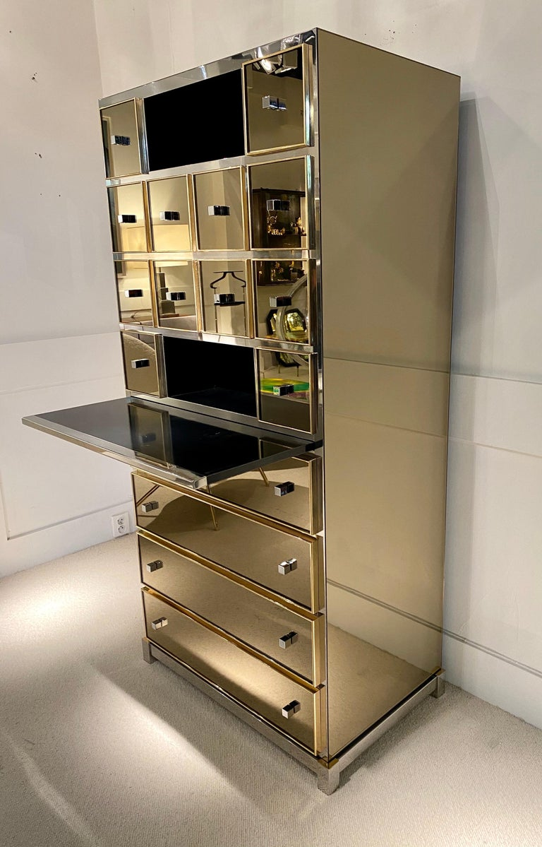 1970s Mirrored Cabinet by Michel Pigneres For Sale 5