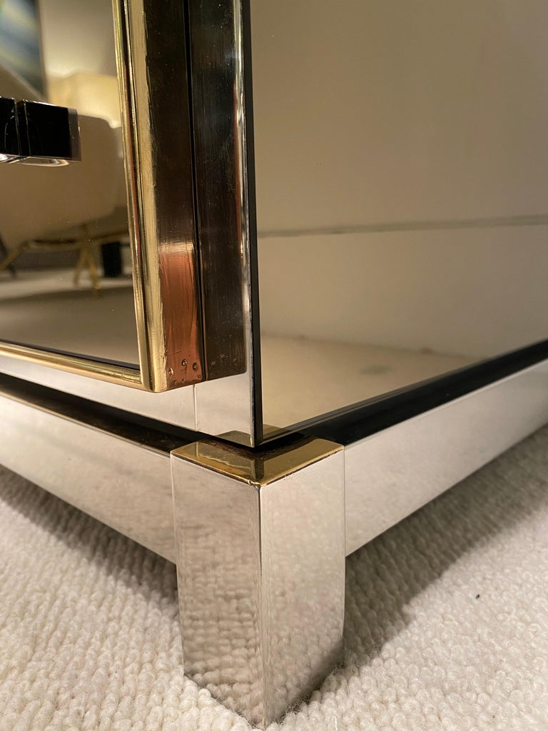 1970s Mirrored Cabinet by Michel Pigneres For Sale 11