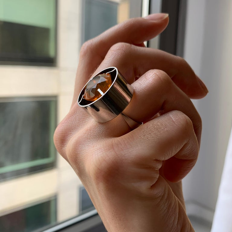 Modernist 1970s Modern Cylindrical Design Fire Opal and White Gold Ring For Sale