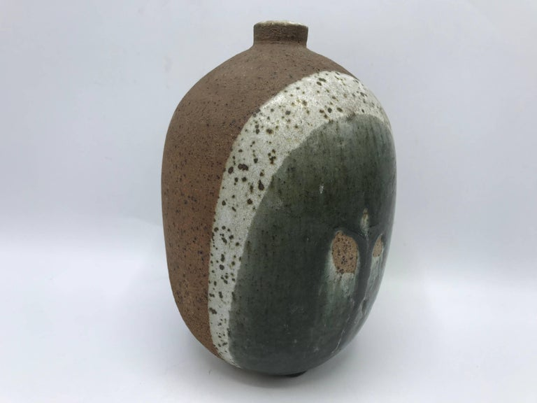 1970s Modern Italian Tricolor Pottery Vase In Excellent Condition For Sale In Richmond, VA