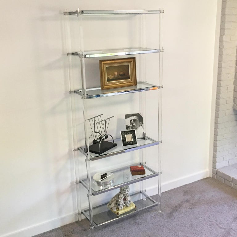 1970s Modernist Lucite and Chrome Étagère Bookcase Shelves In Good Condition For Sale In Atlanta, GA