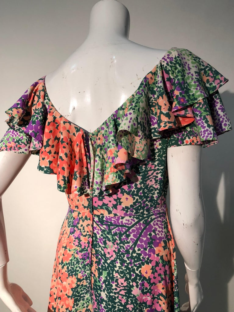 1970s Monet Inspired Bias Cut Floral Maxi Dress W/ Ruffles At Neckline For Sale 9