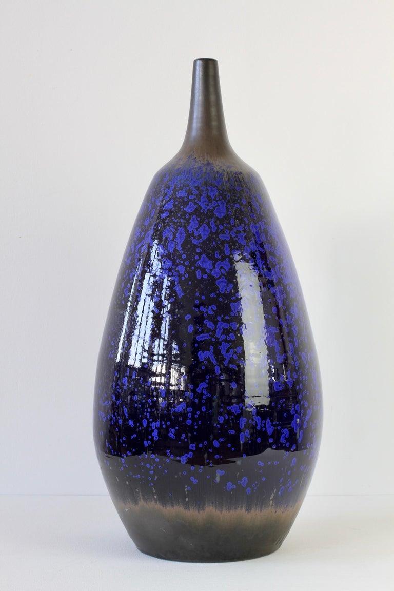 1970s Monumental Blue Glazed West German Pottery Floor Vase by Wendelin Stahl For Sale 5