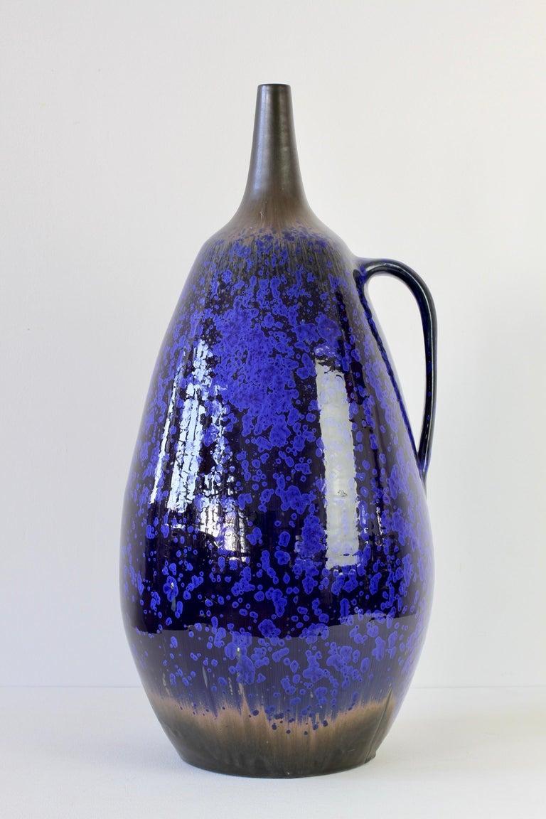 1970s Monumental Blue Glazed West German Pottery Floor Vase by Wendelin Stahl For Sale 3