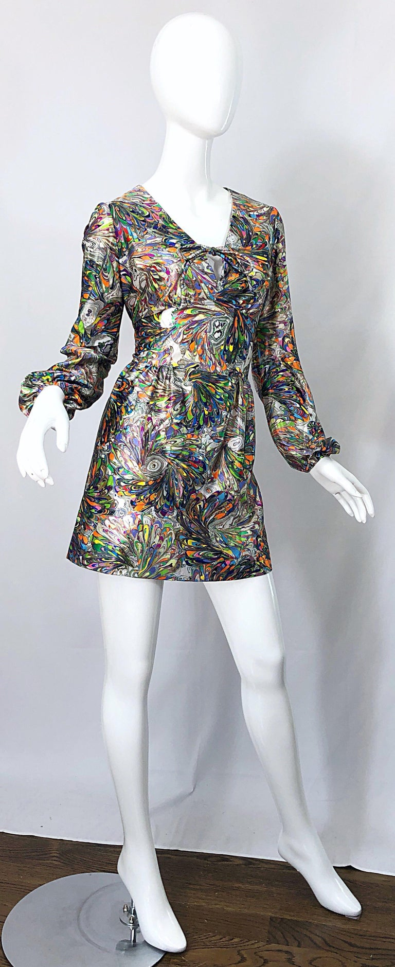 1970s Mosaic Swirl Vibrant Colored Bishop Sleeve Vintage 70s Tunic Dress For Sale 5