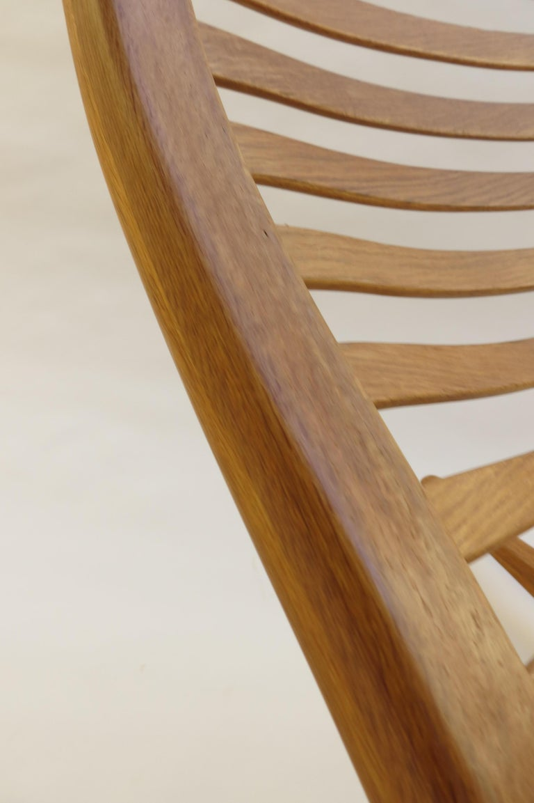 1970s Oak Wishbone Hand produced Sculptural Rocking Chair by Robin Williams UK For Sale 2