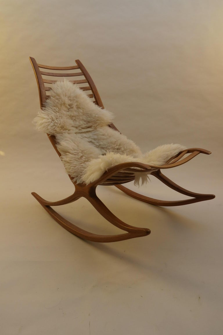 Hand-Crafted 1970s Oak Wishbone Hand produced Sculptural Rocking Chair by Robin Williams UK For Sale