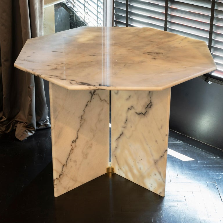 1970s Italian Octagonal Arabescato Cervaiole Marble Table For Sale 3