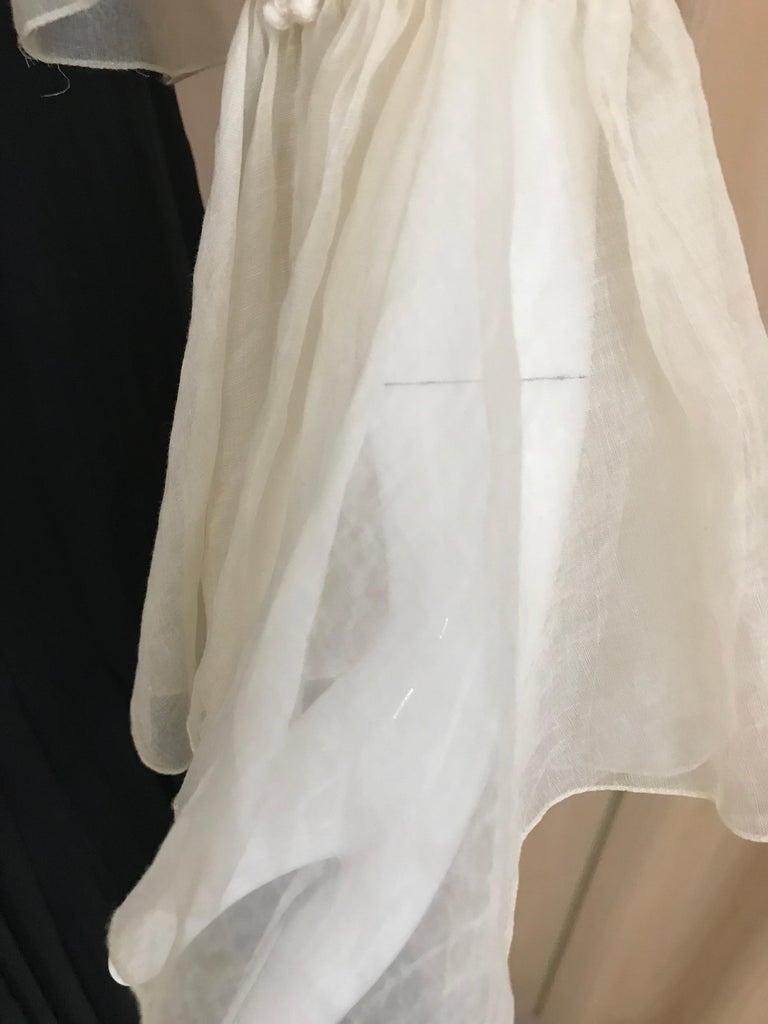 1970s Oscar De La Renta Creme and Black Silk Plisse Jumpsuit For Sale 3