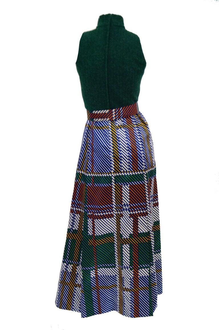 Women's 1970s Oscar de la Renta Green Plaid Satin & Knit Dress & Jacket Ensemble For Sale