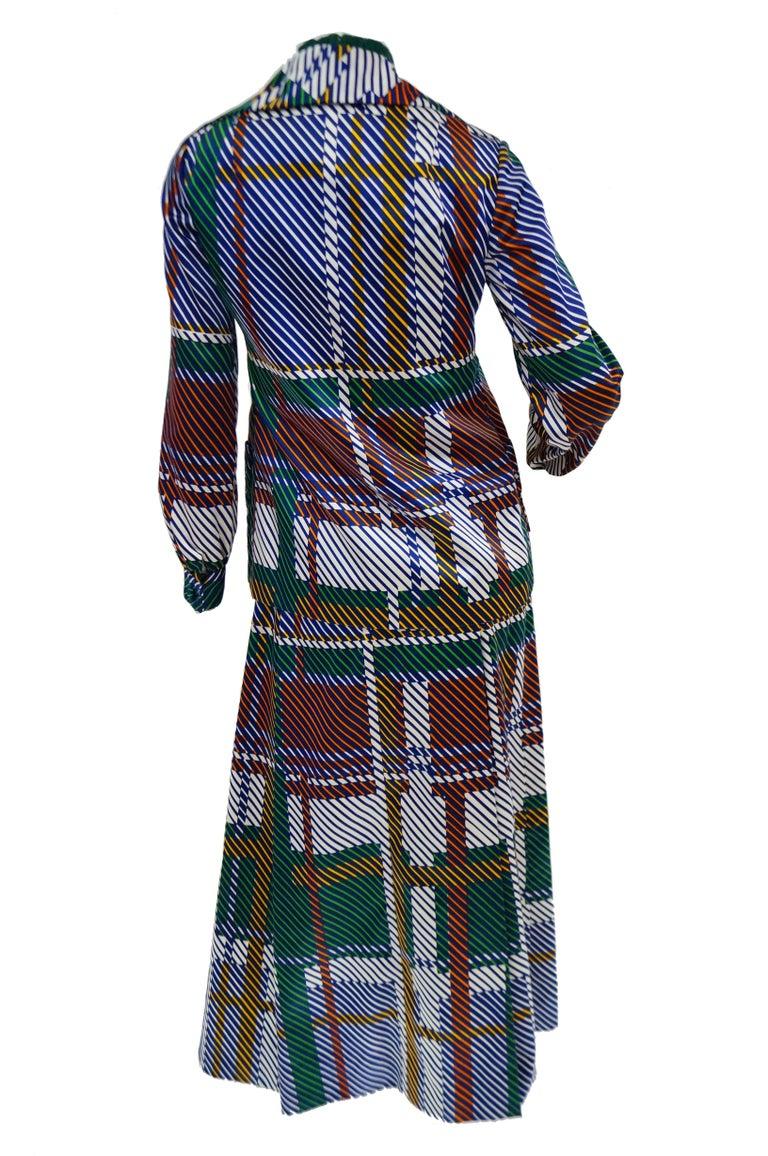 1970s Oscar de la Renta Green Plaid Satin & Knit Dress & Jacket Ensemble For Sale 4