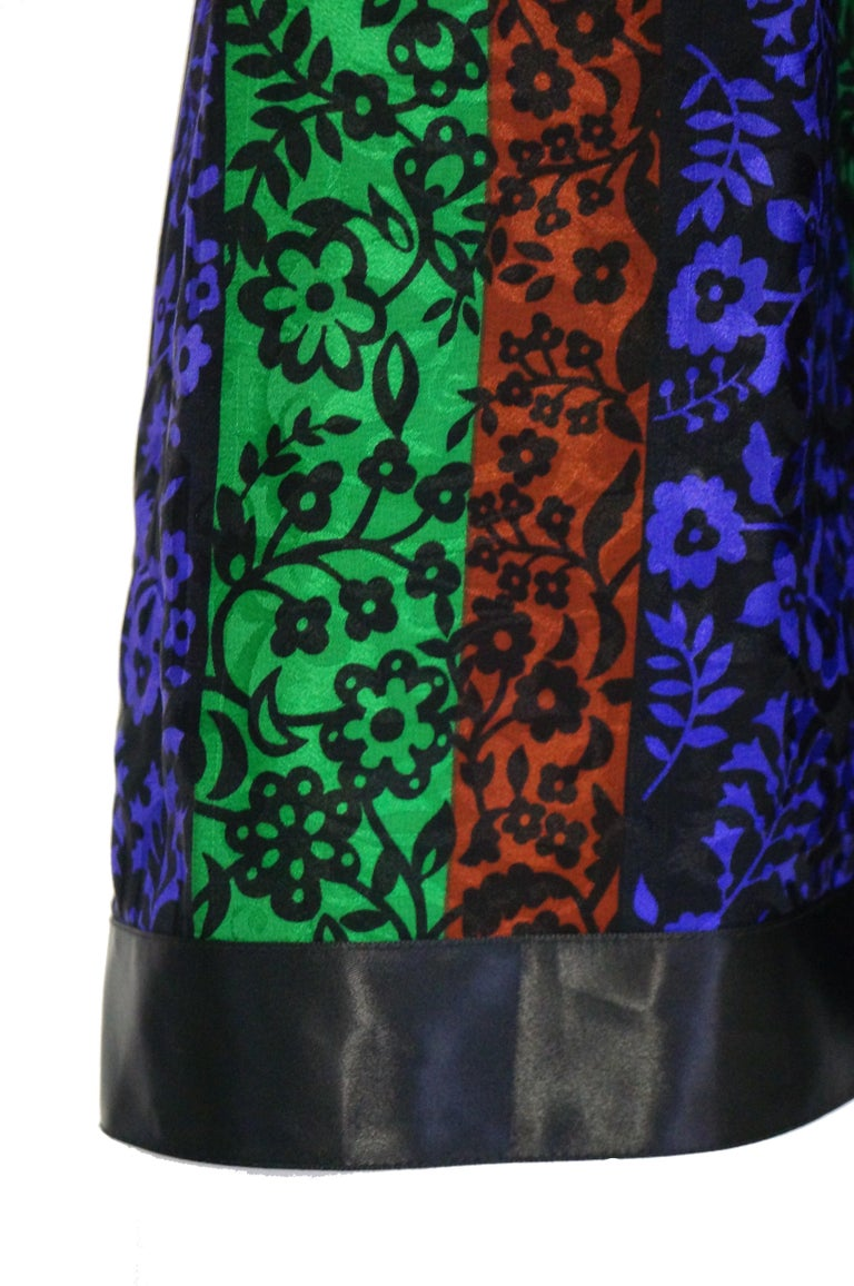 1970s Oscar de la Renta Silk Maxi Skirt in Blue, Green, Red Floral In Excellent Condition For Sale In Houston, TX