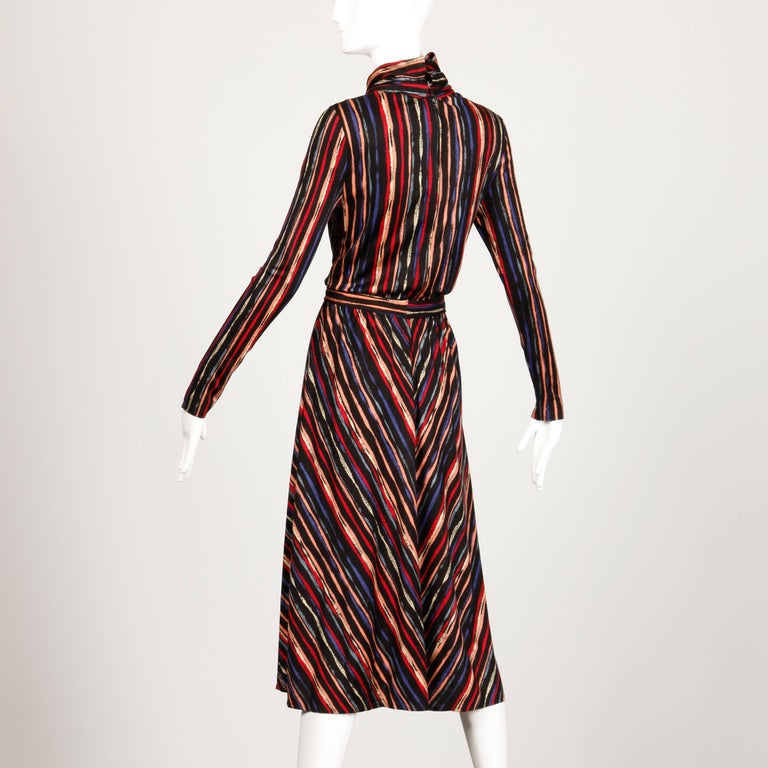 1970s Oscar de la Renta Vintage Jersey Knit Midi Dress with Matching Sash Belt In Excellent Condition For Sale In Sparks, NV