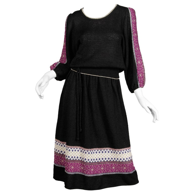 1970s Oscar de la Renta Vintage Knit Sweater Top, Skirt + Belt Dress Ensemble  For Sale