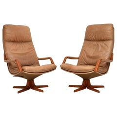 1970s Pair of Danish Leather and Teak Reclining Armchairs