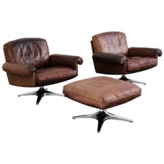 1970s Pair of de Sede DS31 Lounge Swivel Armchairs and Ottoman