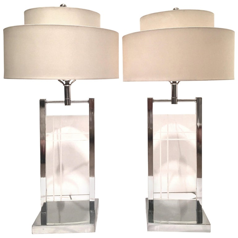 1970'S Pair of Etched Lucite & Chrome Table Lamps By, George Kovacs For Sale