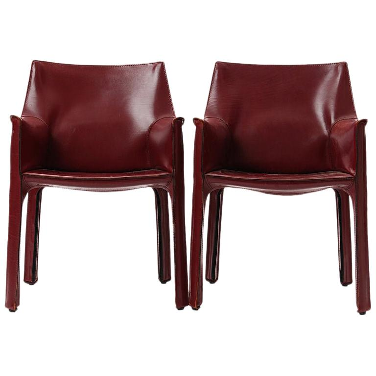 1970s Pair of Italian Cab Armchairs by Mario Bellini for Cassina For Sale