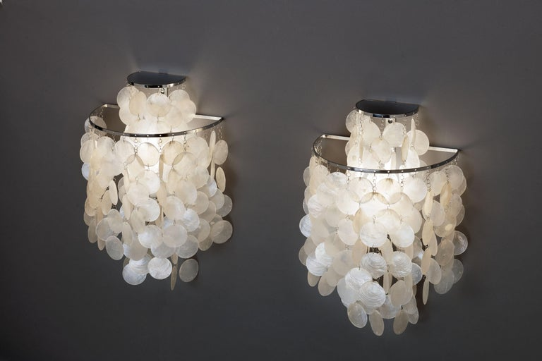 Danish 1970s Pair of Mother of Pearl 'Fun 2WM' Wall Lamps by Verner Panton, NOS For Sale