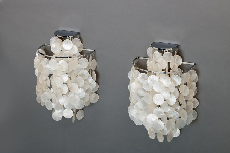 1970s Pair of Mother of Pearl 'Fun 2WM' Wall Lamps by Verner Panton, NOS In Excellent Condition For Sale In Utrecht, NL