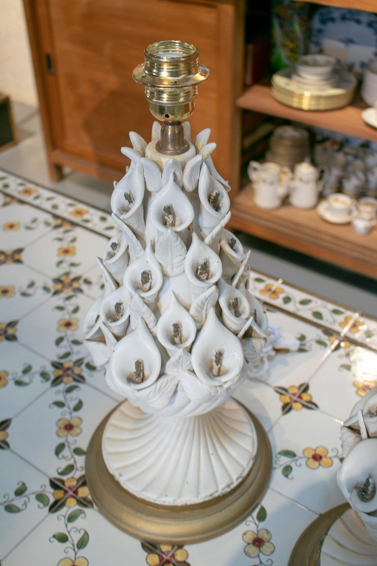 1970s Pair of Spanish White Porcelain Table Lamps For Sale 2