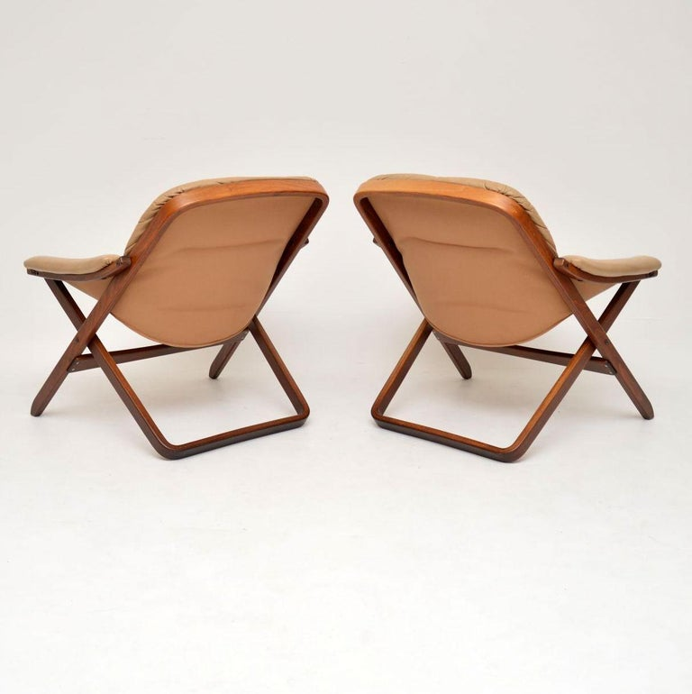 1970s Pair of Swedish Leather Armchairs For Sale 6