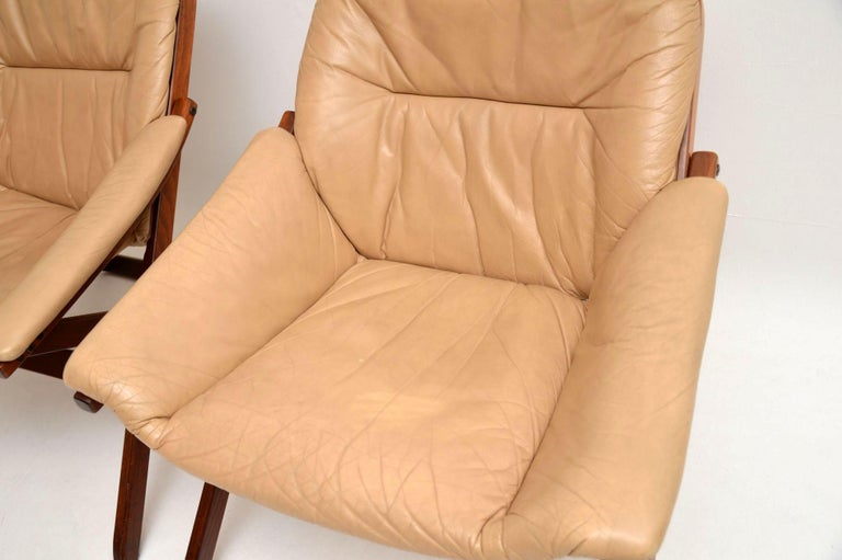 1970s Pair of Swedish Leather Armchairs For Sale 2