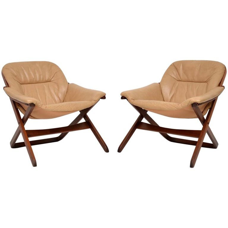 1970s Pair of Swedish Leather Armchairs For Sale