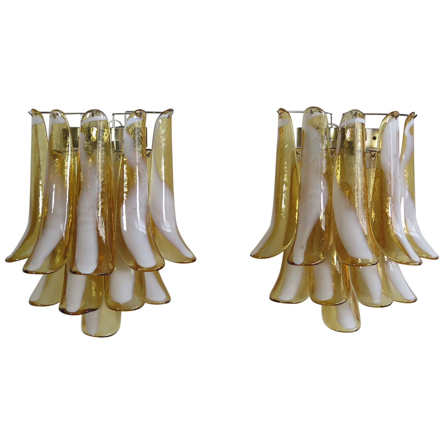 1970's Pair of Vintage Italian Murano Wall Lights in the Manner of Mazzega, Car