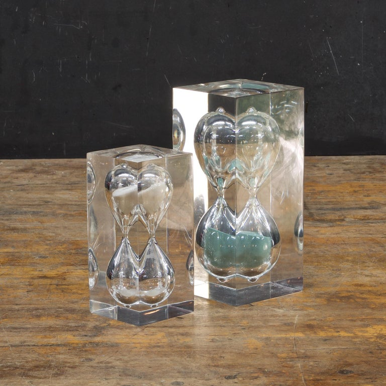 American 1970s Pair of Vintage Lucite Hourglass Sculpture Style of Charles Hollis Jones For Sale