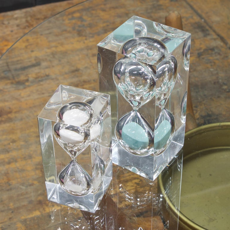 Machine-Made 1970s Pair of Vintage Lucite Hourglass Sculpture Style of Charles Hollis Jones For Sale