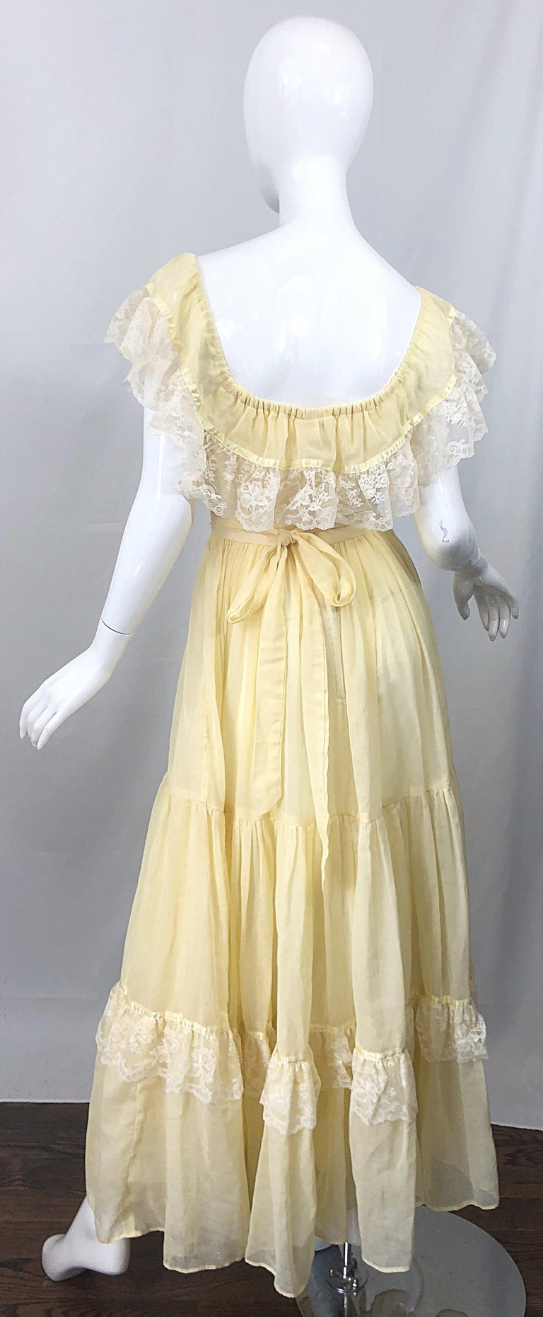 1970s Pale Light Yellow Cotton Voile + Lace Vintage Boho 70s Maxi Dress In Excellent Condition For Sale In Chicago, IL