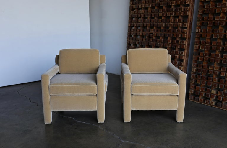 1970s Parsons Lounge Chairs in Mohair For Sale 8