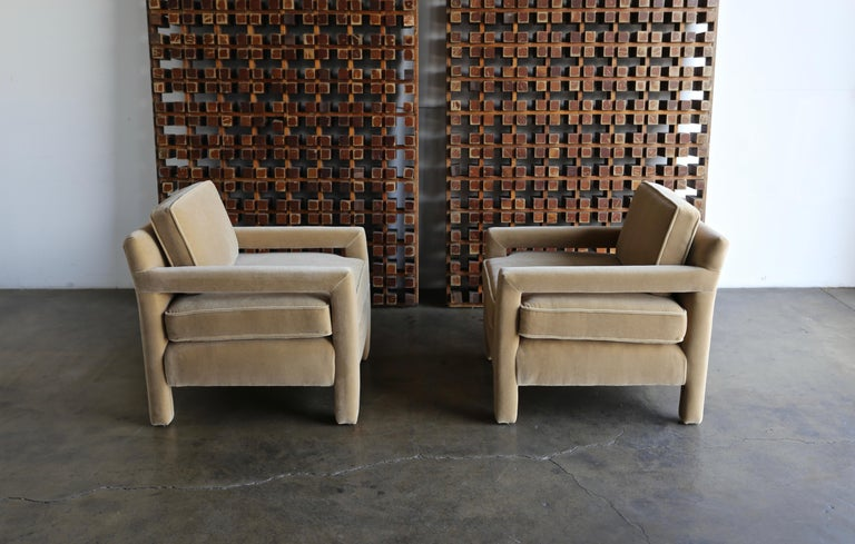 1970s Parsons Lounge Chairs in Mohair For Sale 7