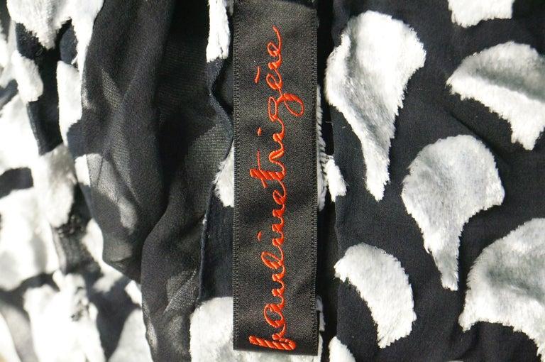 1970s Pauline Trigere Black & Silver Burnout Velvet Evening Dress Ensemble For Sale 9