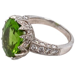 1970s Peridot and Diamond 18 Karat White Gold Ladies Ring